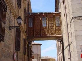 Toledo ->